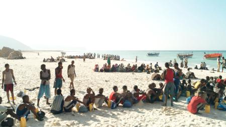 Bildet viser båtflyktninger i Somalia