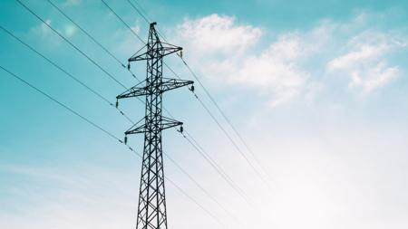 Bildet viser strømkabler