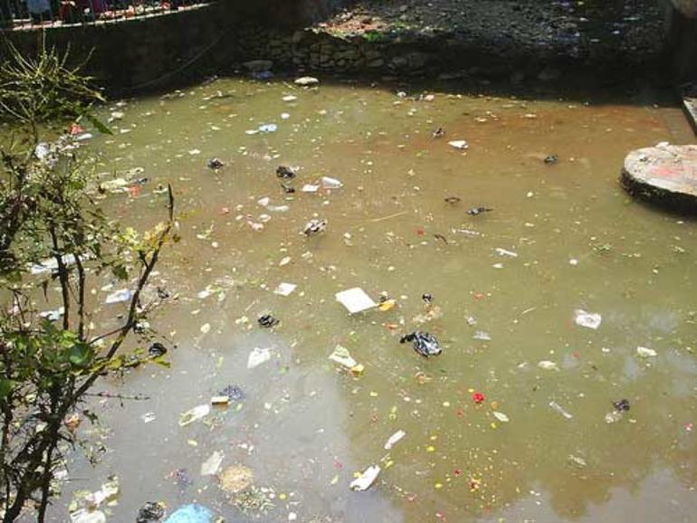 Bilde av forurenset vann