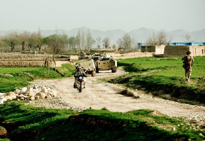 Bilde av NATO-soldater på patrulje i Afhanistan