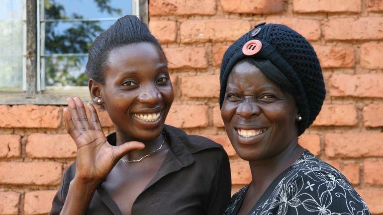 Bilde av to kvinner