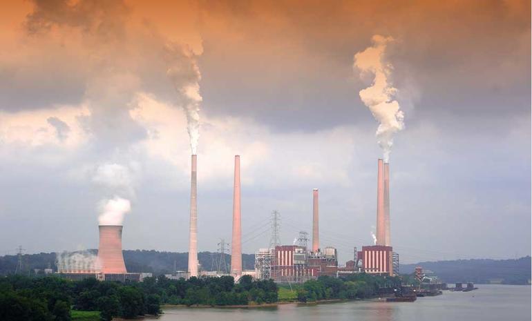 Bilde av kullkraftverk i Ohio, USA