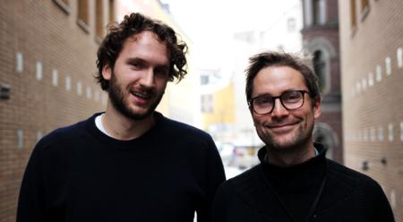 Bildet viser NUPI-forskerne Lars Gjesvik og Niels Nagelhus Schia