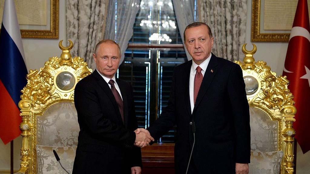 Bildet viser Russlands president Putin og Tyrkias president Erdogan